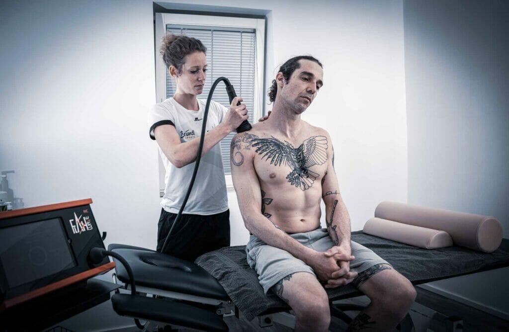 FlashWave Therapie bei Team Schweizer